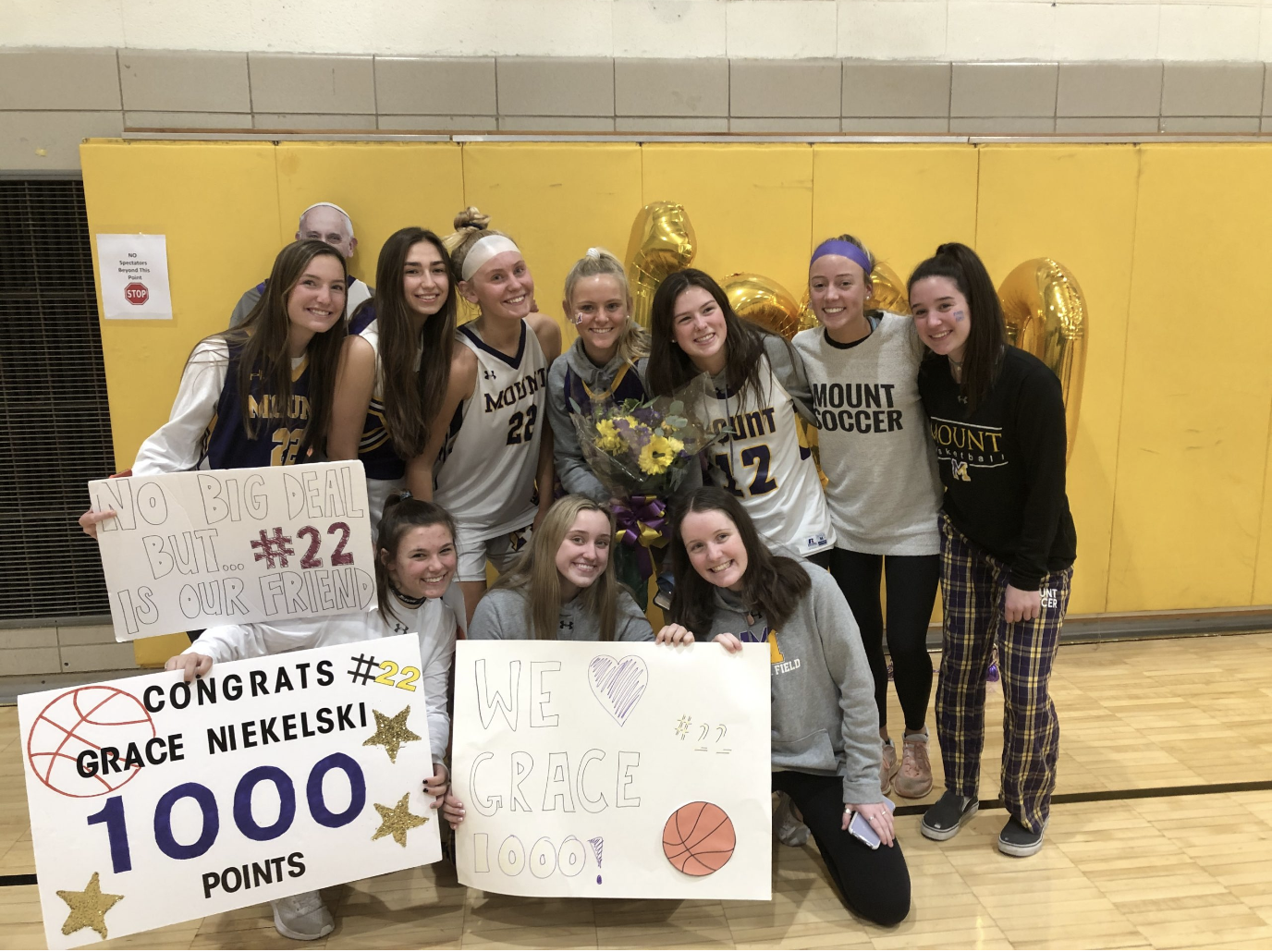 Grace Niekelski '21 Scores 1,000th Point in Basketball Game Against Gwynedd