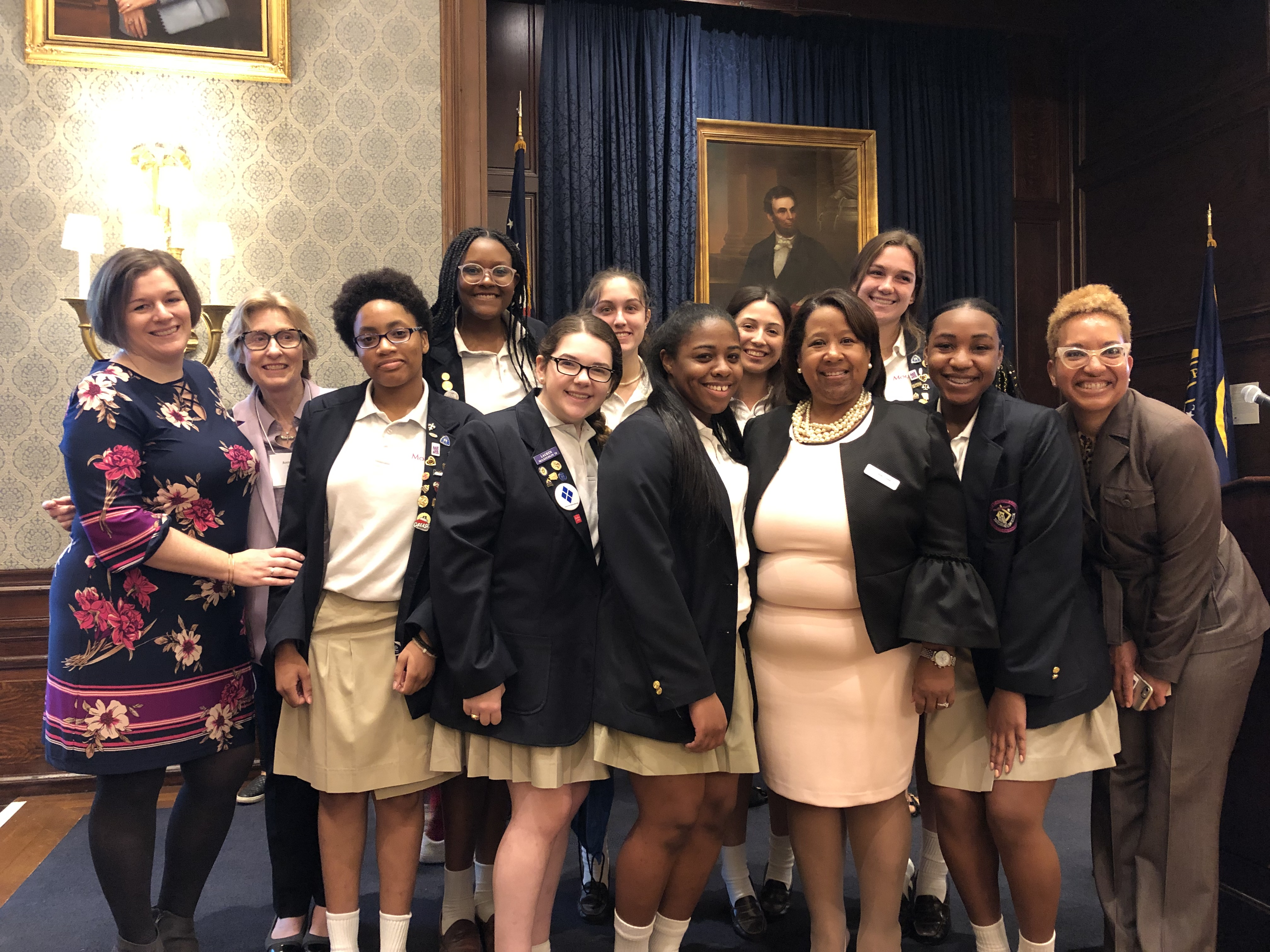 Alumna Kelley Brisbon Hodge '89 Honored by Girls, Inc.